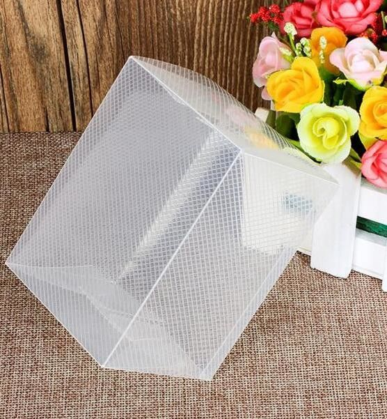 PLASTIC BOX , CLEAR BOX , PET BOX , PP BOX , PVC BOX , ROUND SHAPE BOX , PLASTIC CASE , BOX WITH HANGER , PILLOW SHAPE B