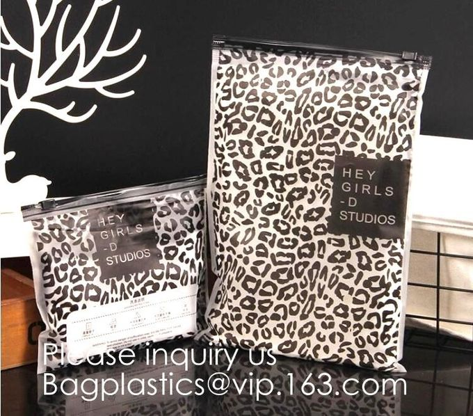 Small Clear PVC Waterproof Bag with Zipper Closure, Mini Portable Transparent Plastic Organizer Pouch for Cosmetic, Make